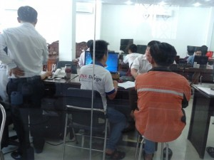 Gửi file thiết kế thẻ nhựa của bạn về innhanh@inkythuatso.com hoặc in@inkts.com để được nhân viên kỹ thuật của In Kỹ Thuật Số kiểm tra file in và chỉnh sửa cho phù hợp (nếu cần)
