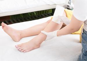 Waxing For Men & Lady Bikini/Tay/Chân/Nách Se Khích Chân Lông 200K