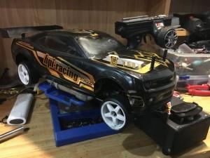 Xe mô hình chạy xăng nitro