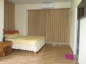 phòng 1 giường . 1.8*2m
