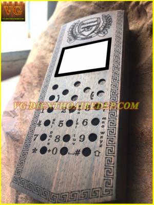 Điện thoại vỏ gỗ 105