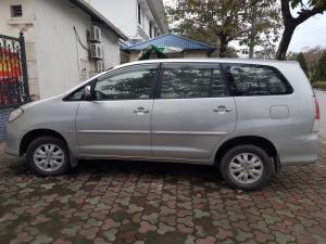 Cần bán xe Innova 2009 G xịn màu bạc