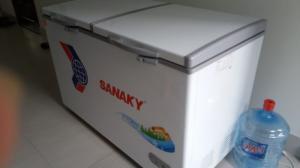 Cần bán tủ đông SANAKY VH 5699W1