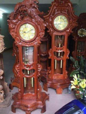 Đồng hồ Cây Gỗ Hương Đẹp.