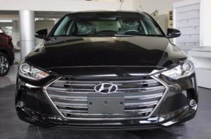 Hyundai Elantra 1.6 số tự động màu đen có sẵn...