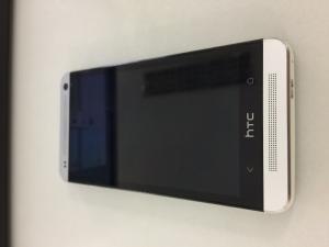 BÁN HTC ONE J nữ dùng giữ gìn như mới 99%