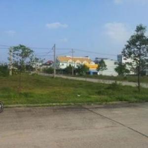 Bán đất gần siêu thị GS của Hàn Quốc. Giá 312 triệu/nền