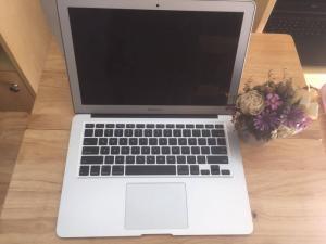 Macbook air 13inch MD760 i7 - Model 2014
