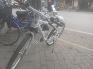 Bán xe đạp thể thao BMW mới 99%