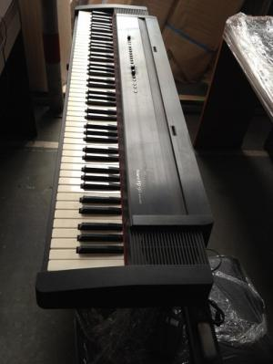 Piano ROLAND EP-90