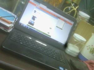 Bán 1 laptop dell inspiron 4050 2 card màn...