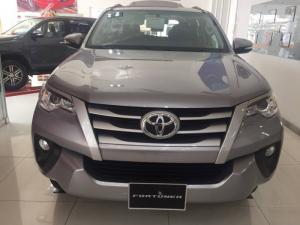 Bán xe toyota fortuner 2.4g, số tay 6 cấp,...