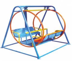 Xích đu quả táo dài 1800cm rộng 1600cm cao 1600cm có hai ghế , 6 chổ ngồi