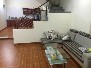 Bán nhà 3 tầng giá 650 Triệu OTO ĐỖ TẬN CỬA tại Trang Quan - an đồng - an dương - hải phòng