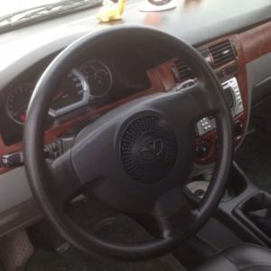 Gia đình cần bán xe Daewoo lacetti đời 2009, màu đen, biển hà nội 4 số. Xe còn nguyên bản,  gầm bệ chắc chắn, máy nổ êm tiết kiệm nhiên liệu, nội thất đẹp, điều hòa 02 chiều,...