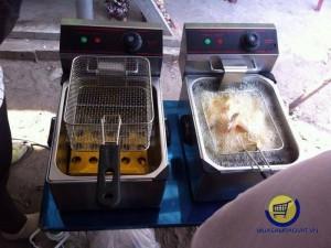 Bếp chiên nhúng dầu chạy điện 5.5 lít OMOSO OZ-81 giá rẻ