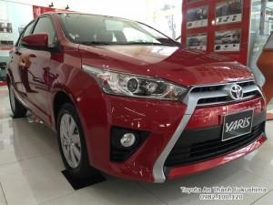 Khuyến Mãi Toyota Yaris 1.5G 2017 màu Đỏ nhập...
