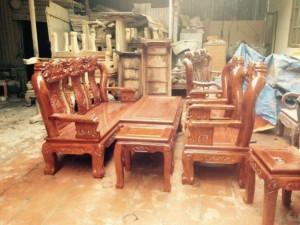 Bộ ghế phòng khách gỗ xà cừ cột 12