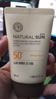 Kem chống nắng natural sun