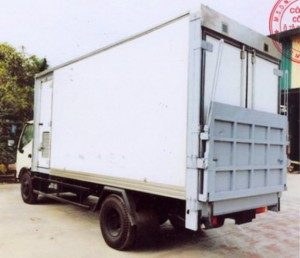 Bán xe tải hino chở gia cầm Hino WU352L – NKMRJD3  giá 484 triệu