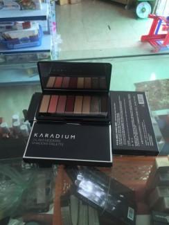 Phấn mắt karadium
