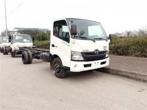 Bán xe chở Gia cầm HINO XZU720L-HKFRL3 thùng...