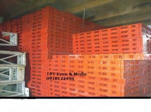 Cho thuê pallet nhựa-thảm trải sàn-cột inox giá rẻ nhất TPHCM