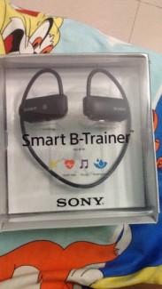 Bán máy nghe nhạc Sony Smart B-Trainer...