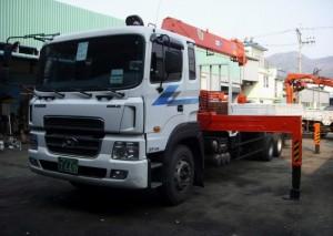 Bán xe tải gắn cẩu soosan Hyundai HD120 5 tấn, vay không thế chấp