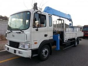 Bán xe tải gắn cẩu Hyundai HD120 có tải trọng 11.5  tấn chuyên dùng, Mới 100%