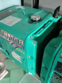 Thanh lý 2 máy phát điện 2,5kw.3kw nhật cũ giá rẻ