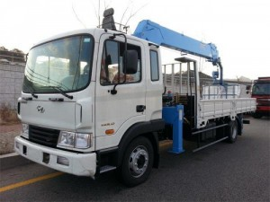 Xe tải gắn cẩu Hyundai HD120 (4x2) - xe tải gắn cẩu Hyundai 5 tấn - Hyundai HD120 thùng dài 6m