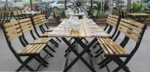 Ghế gỗ quán nhậu