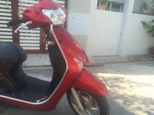Honda LEAD Fi phun xăng điện tử,màu đỏ, cảm inox bảo vệ