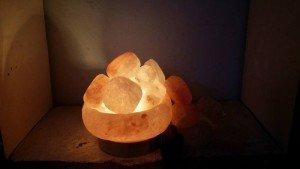 Massage Body bằng đá muối hymalaya – Bí quyết sở hữu nét đẹp không tuổi