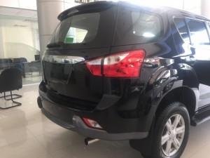 Bán xe Isuzu Mu-x 7 chỗ Hỗ trợ trả góp 80% KM bảo hiểm vật chất