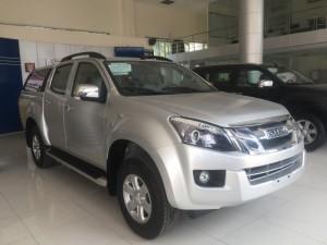 Bán xe bán tải Isuzu D-max Khuyến mại bảo hiểm vật chất