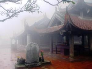 Tour hành hương lễ phật hà nội - yên tử - chùa ba vàng