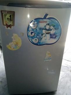 Tủ lạnh sanyo 90lít