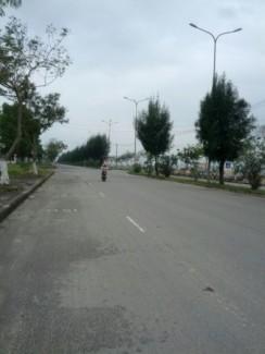 Bán 5 lô đất liền kề Đường Nguyễn Lương Bằng, đất chính chủ đã có sổ đỏ