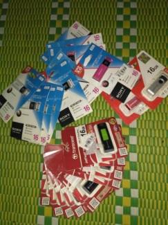 Thanh lý hơn 200 chiếc USB 8G, 16G mới 100% giá siêu rẻ.