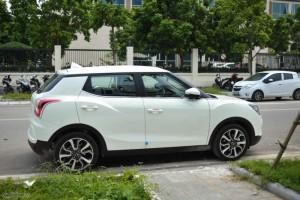 Bán xe ssangyong tivoli mới 100% nhập khẩu nguyên chiếc giá rẻ