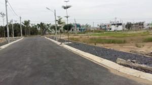 Nguyễn Thái BÌnh,Trí Yên Đất QL50, Công Viên