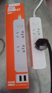 Ổ cắm điện chính hãng Konfulon 2 ổ điện 2 cổng usb (KL210)