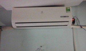 Cần bán máy lạnh nhỏ, giá rẻ