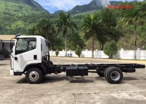 Xe tải Faw 7,25 tấn, cabin ISUZU, thùng dài 6m2.