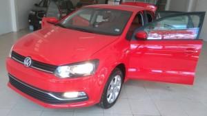 Bán xe Volkswagen Polo số tự động năm 2015, màu đỏ, xe nhập, giá chỉ 630 triệu