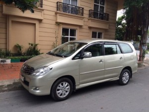 Cần bán Toyota Innova G 2009 màu nâu vàng