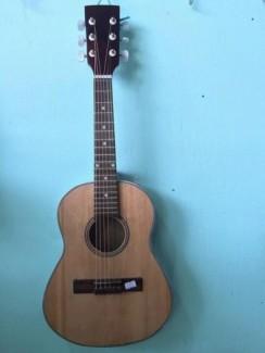 Bán đàn guitar giá rẻ 980k giá khuyến mãi