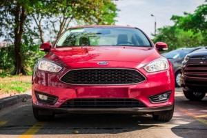 Ford Focus Giảm Mạnh Tặng Ngay Ghế Da +Dán Fiml 3M